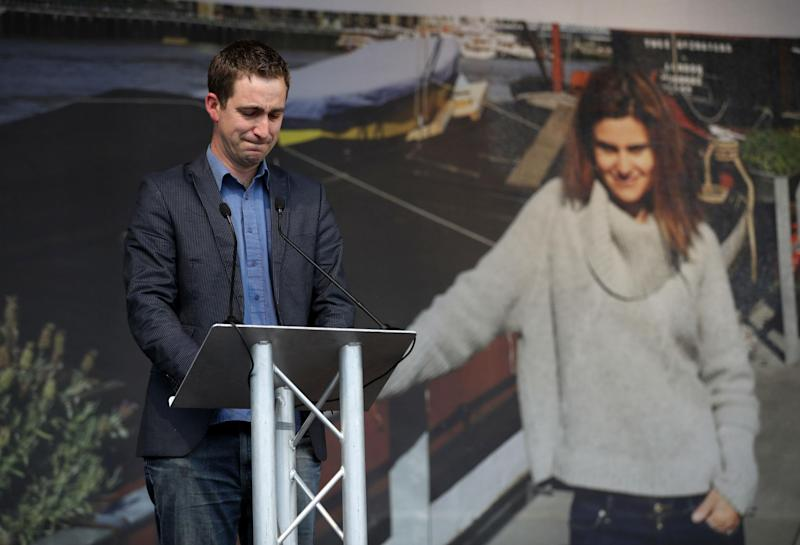 Jo Cox MP's husband Brendan Cox paying tribute: Getty