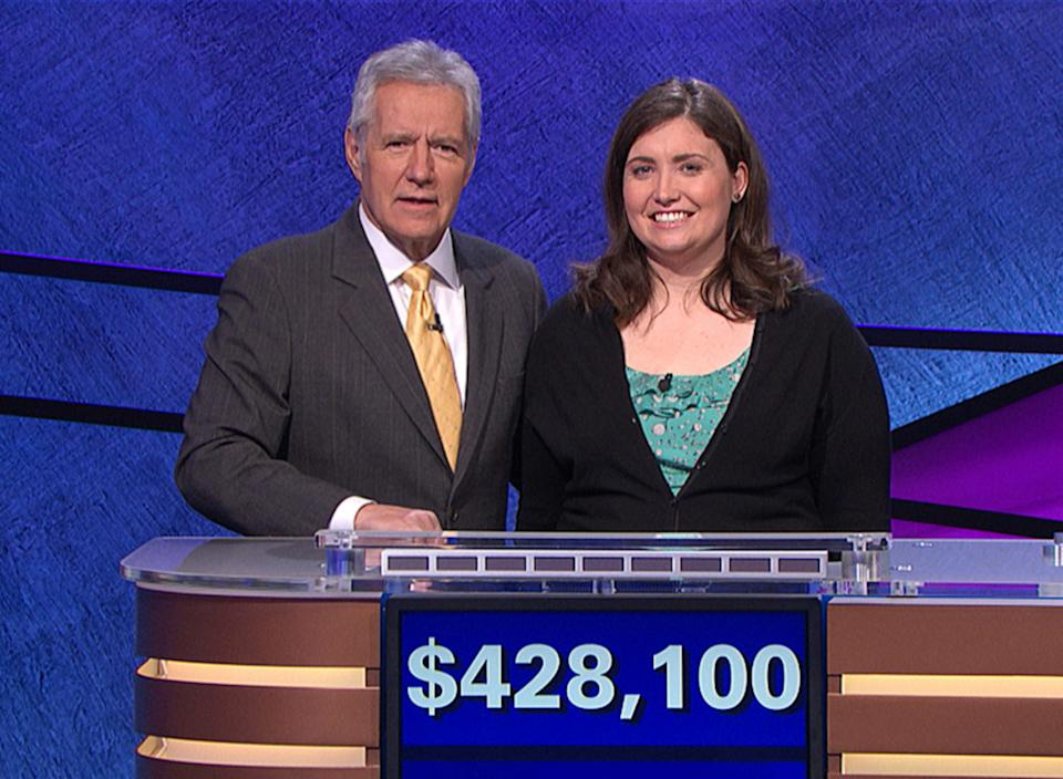"""Alex Trebek hosts """"Jeopardy!"""" (Photo: Sony Pictures Television/Courtesy: Everett Collection)"""