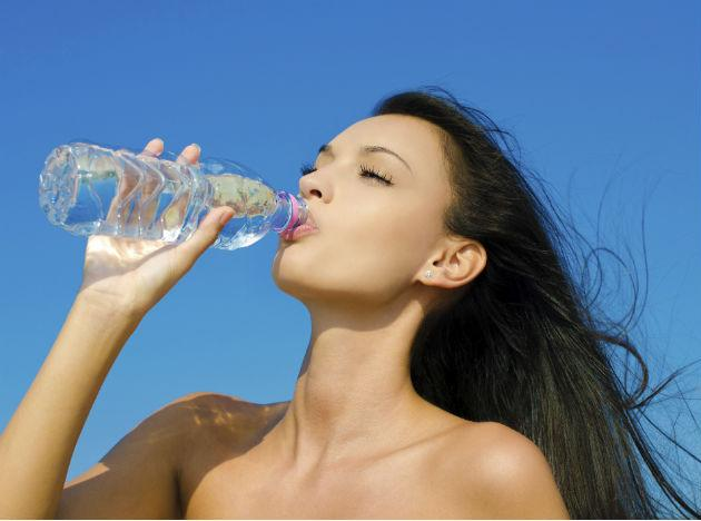 <strong>Stay hydrated.</strong> Your body tends to lose a lot of moisture in the summer, so it's important to regularly replenish the H2O. Drink a lot of water and liquids and your skin will stay soft and moisturised as well.