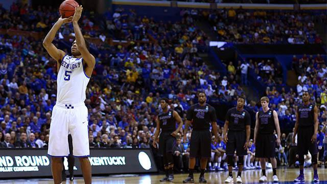 Kansas State called for strange technical foul for dunking during pregame warmups