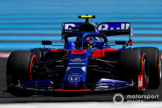 "Alexander Albon, Toro Rosso STR14 <span class=""copyright"">Zak Mauger / LAT Images</span>"