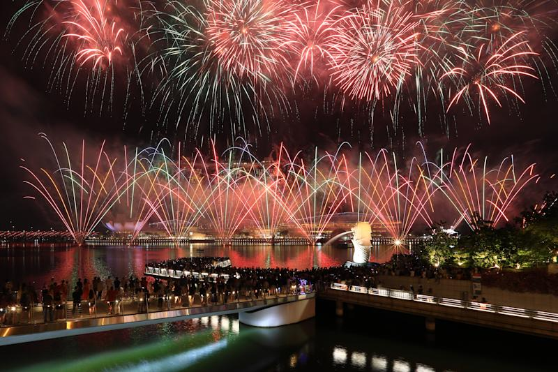 SINGAPORE - JULY 06: Fireworks light up the sky during the National Day Parade preview at Marina Bay on July 6, 2019 in Singapore. (Photo by Suhaimi Abdullah/Getty Images)