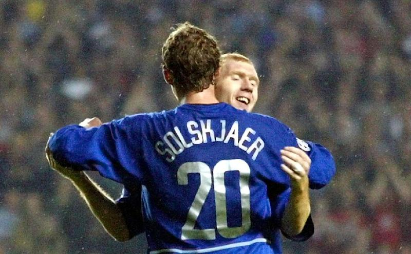 Manchester United caretaker manager Ole Gunnar Solskjaer says former team-mate Paul Scholes is welcome to drop by for advice any time after his first managerial role lasted just 31 days