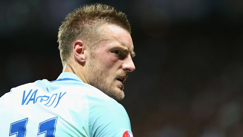 'You deserve to be in the pub, not have Vardy's career' – Wilder tells big talkers to 'shut up' ahead of Leicester clash