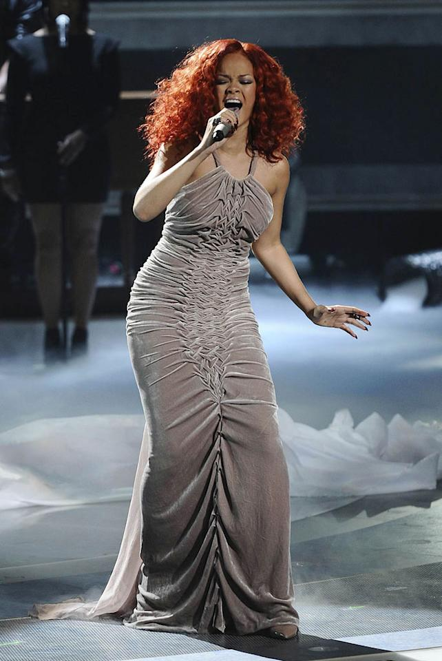 "Rihanna performs ""California King Bed"" on ""American Idol."""