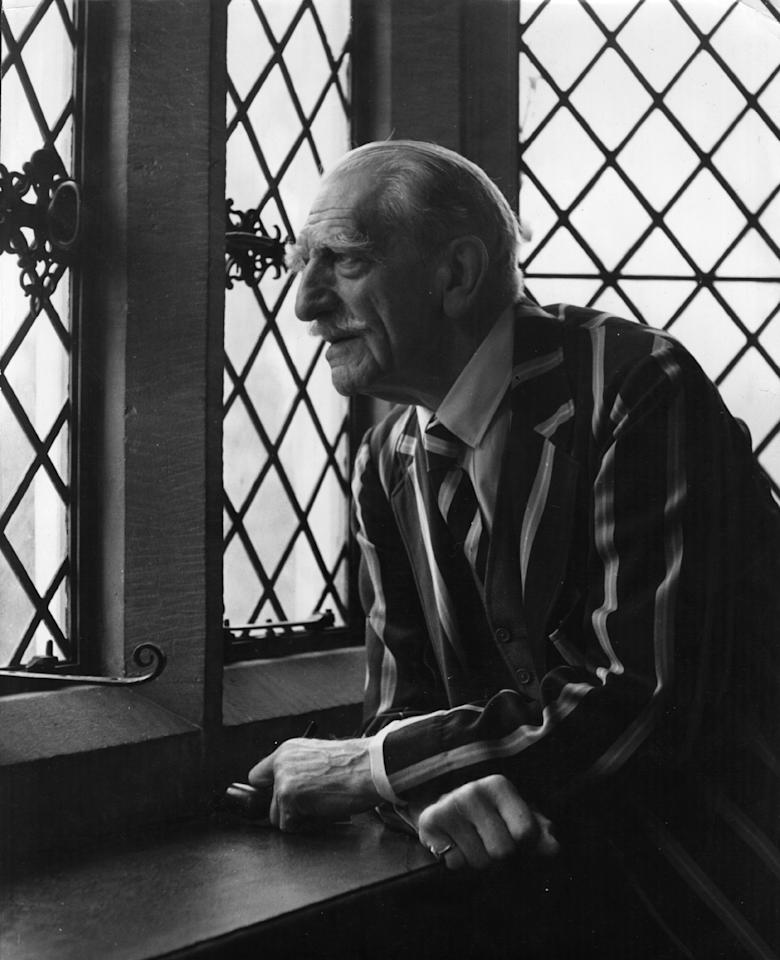 1947:  C Aubrey Smith (1863 - 1948 ) looks out with pleasure on the Surrey countryside which he has not seen for nine years.  (Photo by George Konig/Keystone Features/Getty Images)