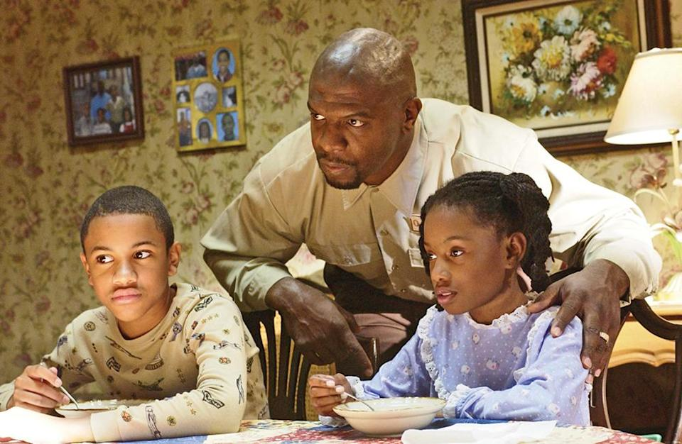 """Crews starred as a fictionalized version of comedian Chris Rock's dad on """"Everybody Hates Chris,"""" which ran from 2005 to 2009. - Credit: 3 Arts Entertainment / Courtesy Everett Collection"""