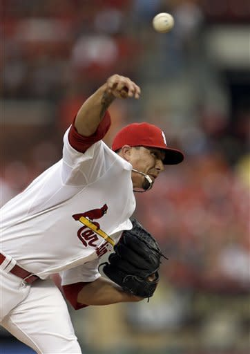 St. Louis Cardinals starting pitcher Kyle Lohse throws during the first inning of a baseball game against the Colorado Rockies Monday, July 2, 2012, in St. Louis. (AP Photo/Jeff Roberson)