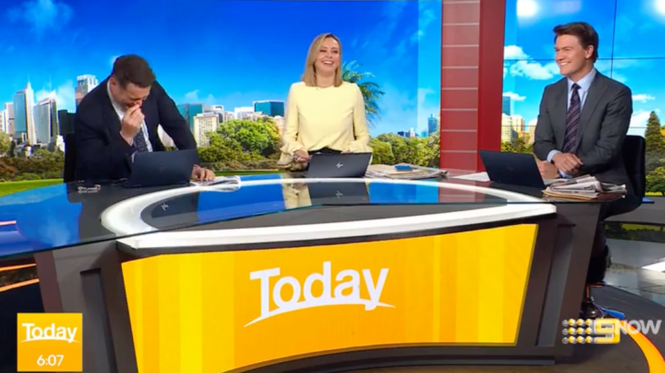 today show hosts laugh technical fail