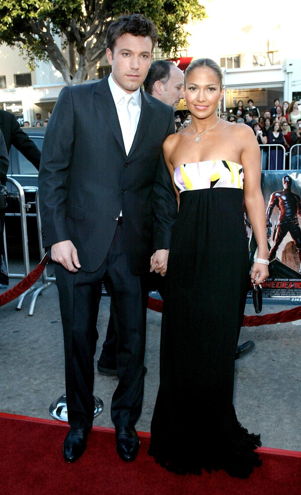 <p>Jennifer was glowing in this Pucci gown at the <b>Daredevil</b> premiere in 2003, while Ben looked polished in a suit. </p>