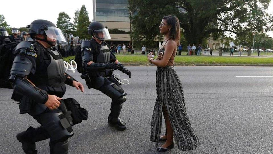 Ieshia Evans protesting during demonstration in Baton Rouge in 2016