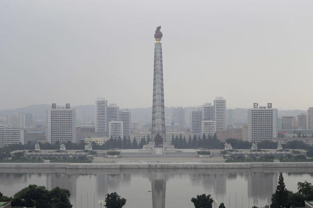 <p>The Juche tower and Taedong river are seen on a hazy morning from the Grand People's Study House,July 24, 2017, in Pyongyang, North Korea. (Photo: Wong Maye-E/AP) </p>