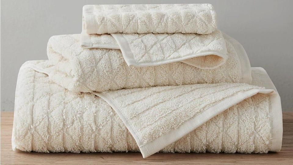 These Clean Spaces bath towels come in seven different chic colors for less than $10.