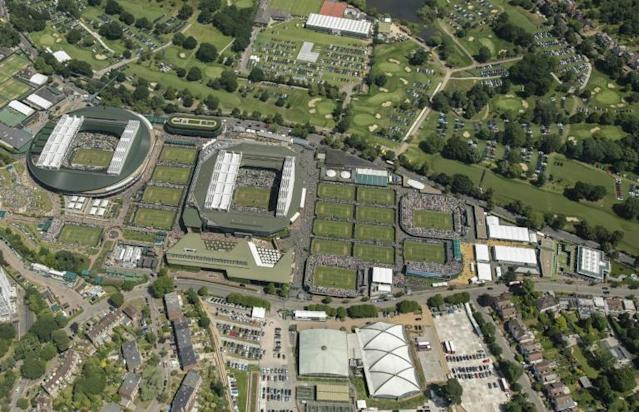 An aerial photograph taken from a helicopter shows The All England Lawn Tennis Club in Wimbledon, southwest London (AFP Photo/Thomas LOVELOCK)