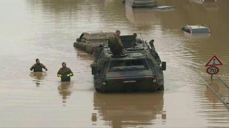 Germany military clears flooded highway
