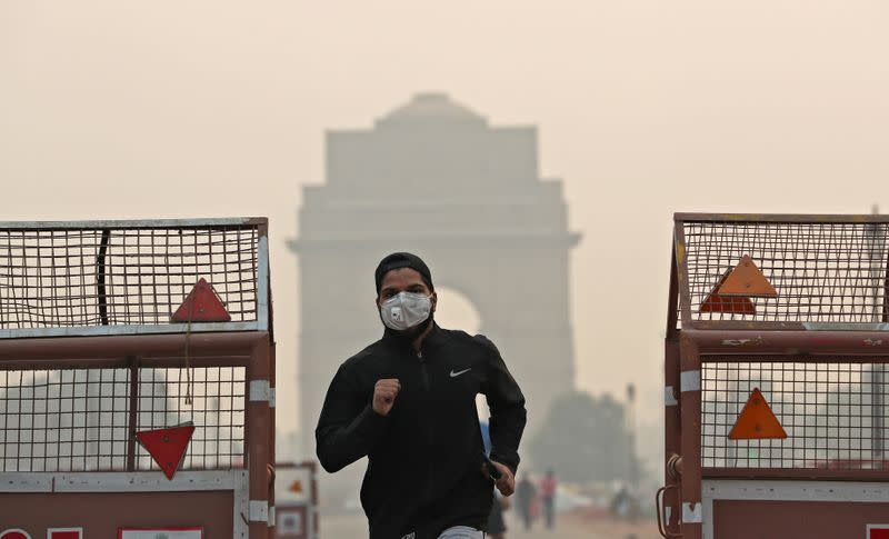 Indian ministries buy more air purifiers as capital battles toxic air