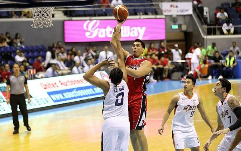 Cebuano big man Sonny Thoss retires from the PBA