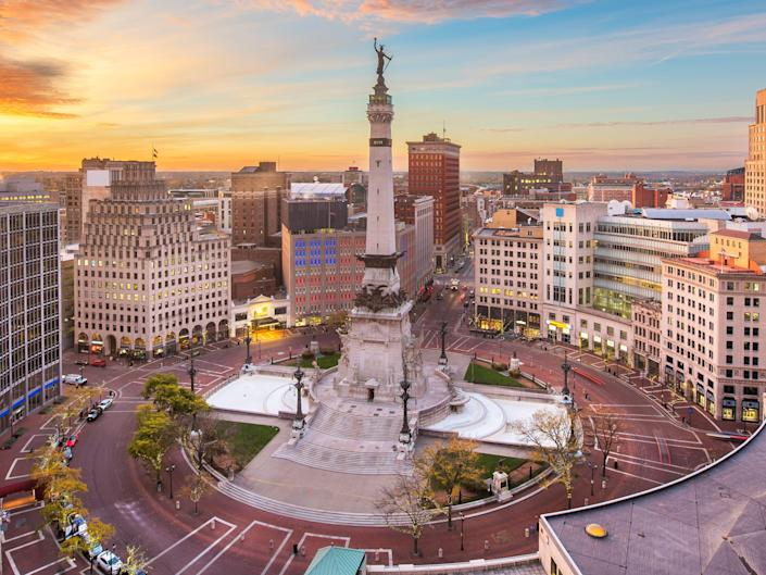 soldiers and  sailors monument indiana