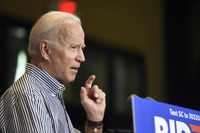 Biden pledges 'absolute wall' to separate relatives' business dealings