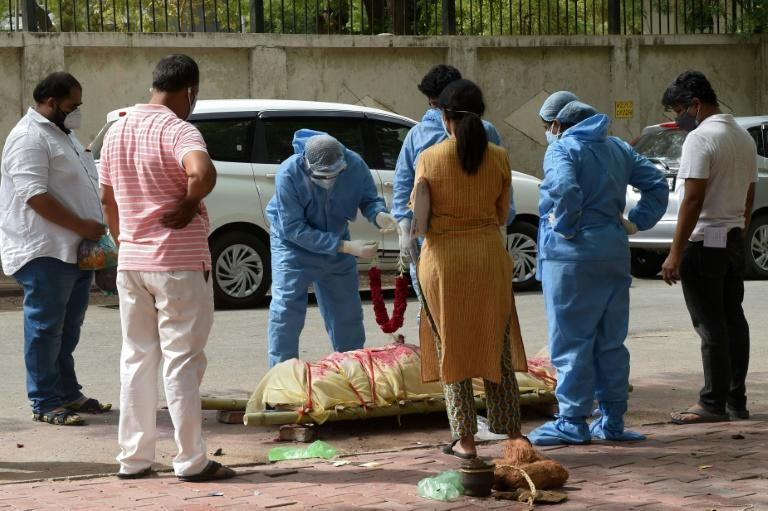 India recorded more than 4,000 virus deaths in a day for the first time