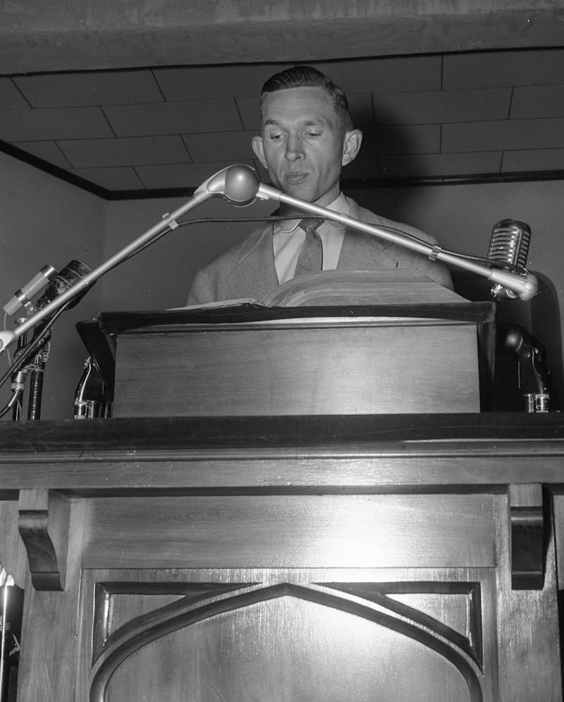 Advertiser file The Rev. Robert Graetz. a Lutheran minister who was the only white Montgomery Improvement Association board member, speaks at a mass meeting during the bus boycott.