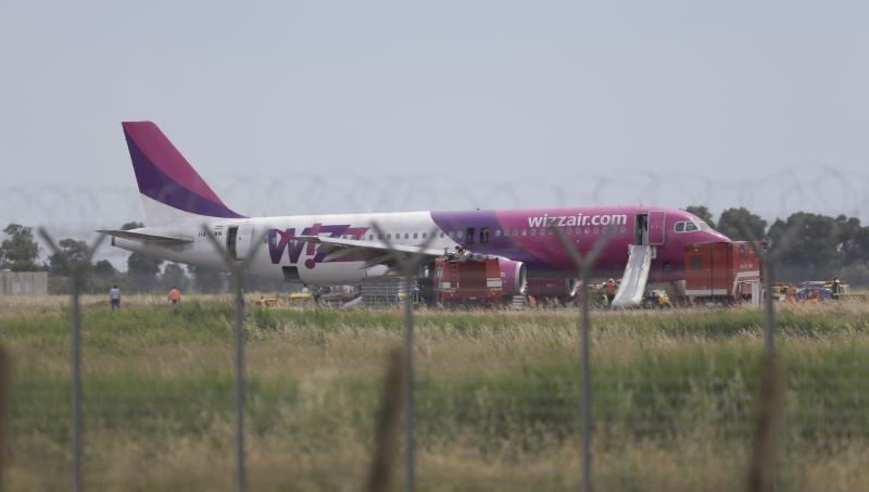 Wizz Air jet makes safe emergency landing in Rome