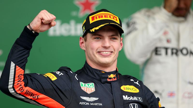 Verstappen signs new Red Bull deal to 2023