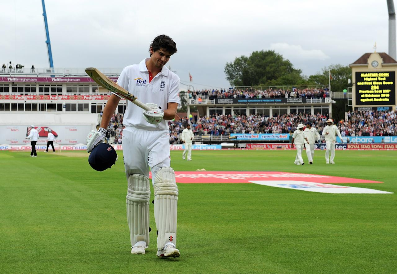 BIRMINGHAM, ENGLAND - AUGUST 12:  Alastair Cook of England walks off after scoring 294 runs, at the end of England's 1st innings during day three of the 3rd npower Test at Edgbaston on August 12, 2011 in Birmingham, England.  (Photo by Gareth Copley/Getty Images)