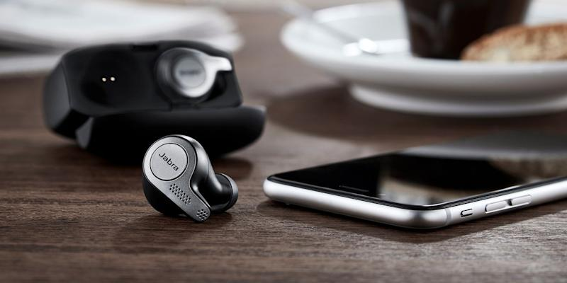 f3e1ca1ff7f Here's Why the Jabra Elite 65t Earbuds Are Totally Worth Pressing ...