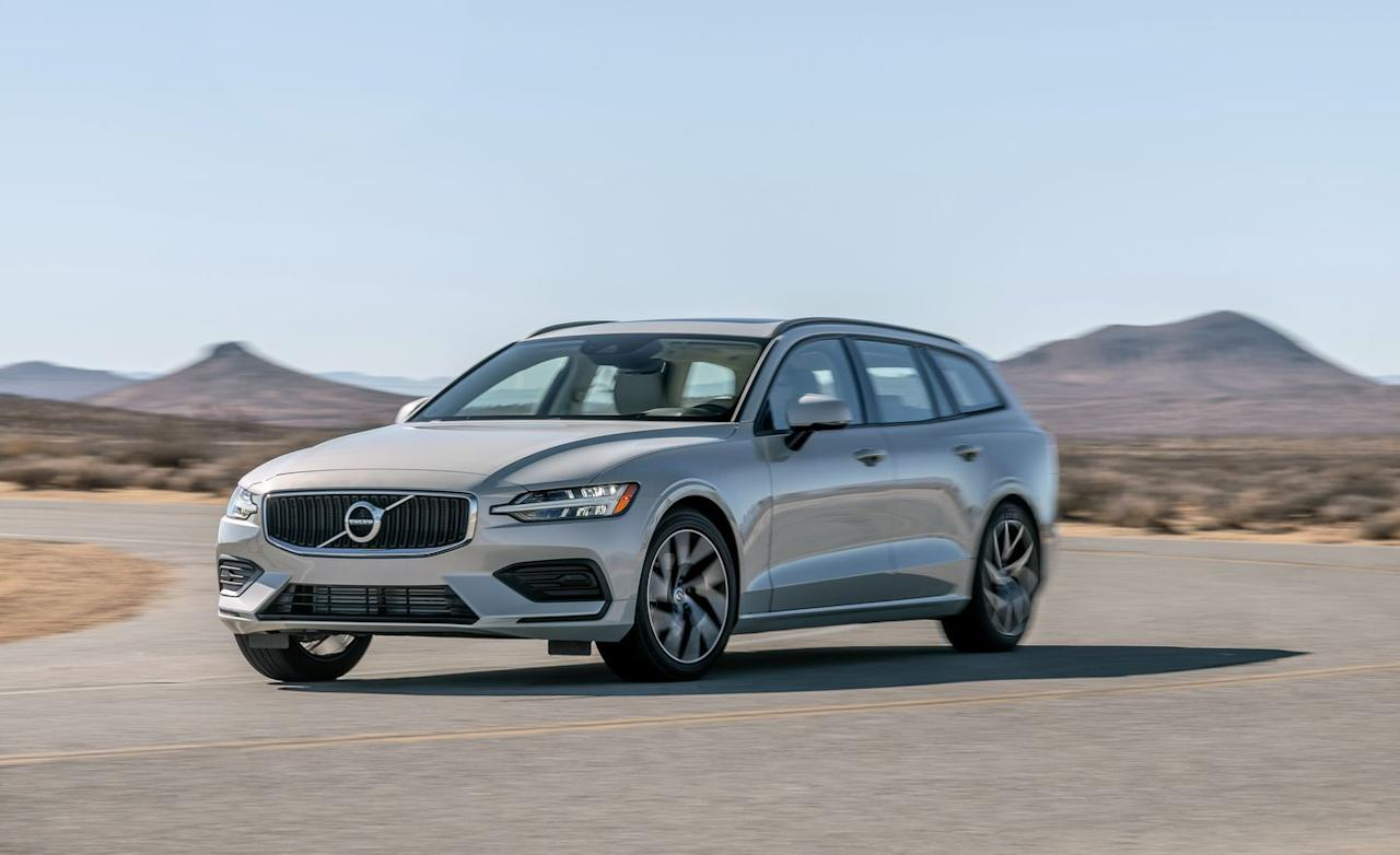 """<p>Broad shouldered with sharp speed lines and longitudinal-engine proportions, the V60 is another affirmation of Volvo's current design language. But the engine actually rides parallel to the front axle on the brand's Scalable Product Architecture, which the V60 shares with <a rel=""""nofollow"""" href=""""https://www.caranddriver.com/volvo/s60"""">the S60 sedan</a> and <a rel=""""nofollow"""" href=""""https://www.caranddriver.com/volvo/v90"""">the larger V90 wagon</a> as well as Volvo's popular XC60 and XC90 SUVs.</p>"""