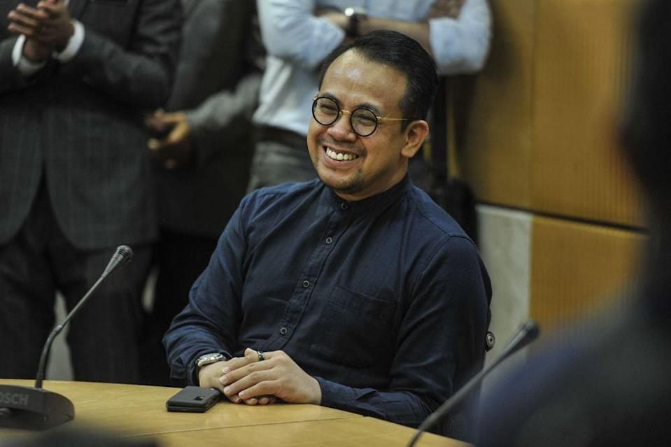 Khairy said Sim's (pic) appointment was made in the spirit of bipartisanship. ― Picture by Shafwan Zaidon