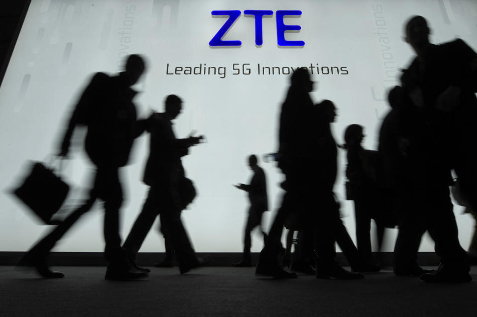 Trump Says He's Working With Xi Jinping to Get ZTE 'Back Into Business, Fast'
