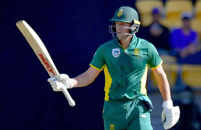AB de Villiers becomes top ranked batsman in ODIs