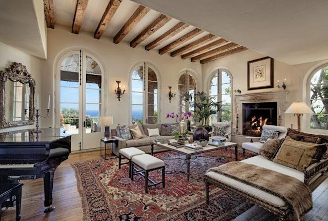 The living room has plenty of great views. (Photo: Zillow)