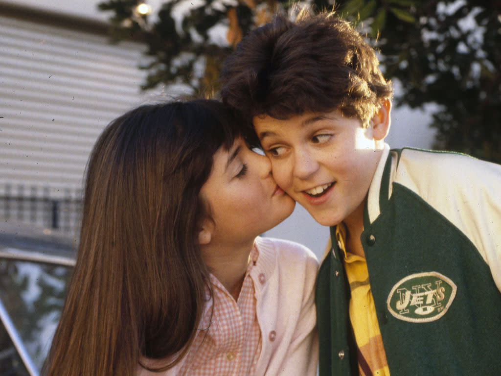 "<b>8. Fred Savage and Danica McKellar had a mutual crush<br><br></b>Fred Savage admitted to having a mutual crush on Danica McKellar during filming, which evolved into more of a brother-sister relationship. In an article in <a href=""http://www.people.com/people/archive/article/0,,20131619,00.html"">People magazine</a>, Savage once confessed, ""I was in love with her for the same reasons every other boy fell in love with her. You won't meet a sweeter, nicer girl -- and she's gorgeous.""  <br><br> While they said that it started as a mutual crush, the co-stars ultimately developed a more sibling-type bond. Eventually, as siblings are known to do, Savage admitted, ""all I wanted to do was irritate her."" Savage, now 36, and McKellar, 38, remain friends to this day."
