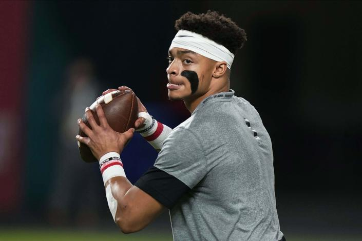 Justin Fields' aggressiveness and downfield passing could make him the Chicago Bears' starter fairly quickly. (AP Photo/Lynne Sladky)