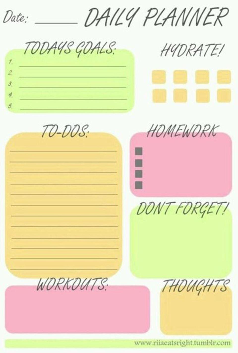 """<p>If a daily planner is more likely to work for you, create a to-do list of goals, your homework, deadlines etc each morning and see if you can stick to it throughout the day. </p><p>(<a href=""""https://www.pinterest.co.uk/pin/713046553472732652/"""" rel=""""nofollow noopener"""" target=""""_blank"""" data-ylk=""""slk:via"""" class=""""link rapid-noclick-resp"""">via</a>)</p>"""