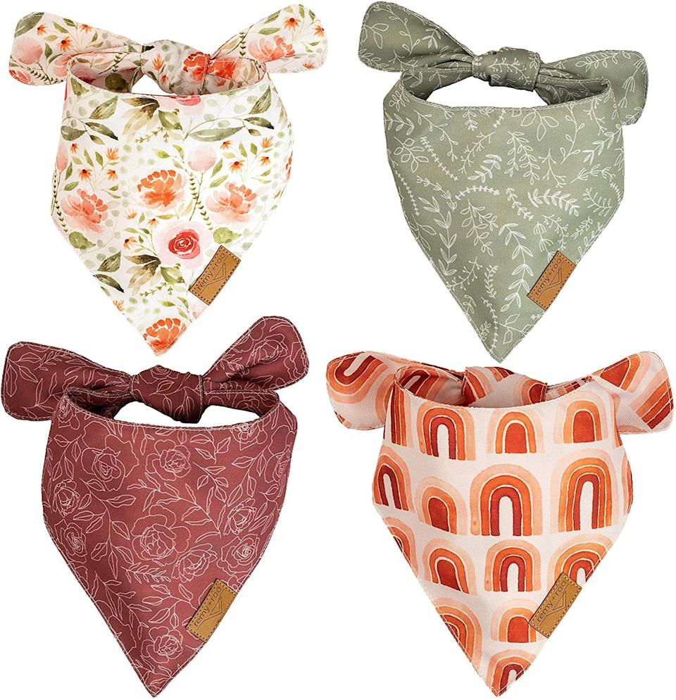 """<h3>Remy+Roo Dog Bandanas</h3><br>If your dog is your valentine (*raises hand*), we love this wardrobe of cute bandanas to take lots of new pics for the doggy 'gram.<br><br><strong>Remy+Roo</strong> Dog Bandanas - 4 Pack 