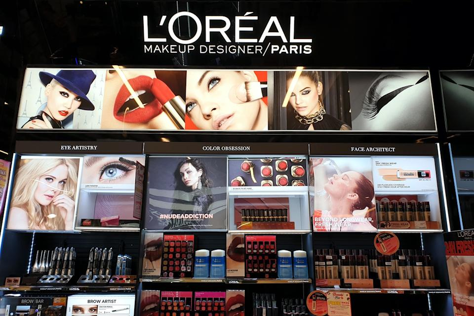 loreal makeup display