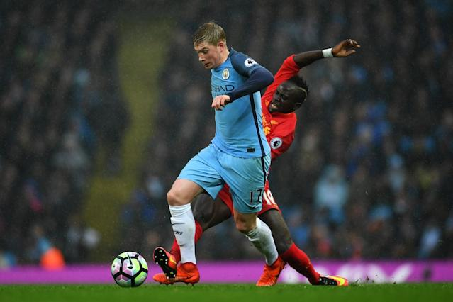 <p>Kevin de Bruyne gets away from his man </p>