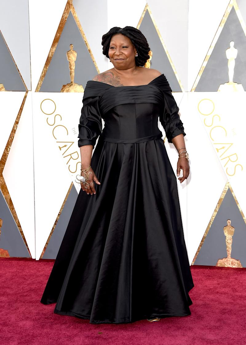 Oscars 2016: Brand Awkwardly Mistakes Whoopi Goldberg For Oprah Winfrey