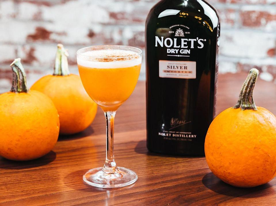 <p><strong>Ingredients</strong></p><p>1.25 oz Nolet's Silver Dry Gin <br>1 oz pumpkin puree <br>1 whole egg <br>.5 oz maple syrup <br>1 bar spoon sugar </p><p><strong>Instructions</strong></p><p>Combine all ingredients in a mixing glass. Dry shake until emulsified (about one minute). Add ice and shake again, vigorously. Double strain into a martini glass. Dust the top with nutmeg to garnish.</p>