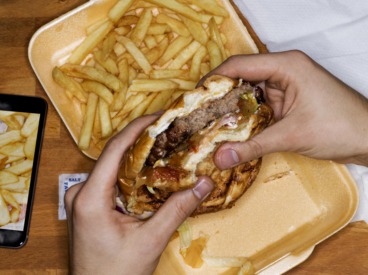 Poor diet contributes to an estimated 64,000 deaths every year in England. (Getty)