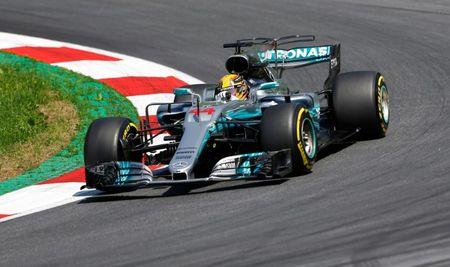 Lewis Hamilton praises Mercedes for practice speed at Austrian GP