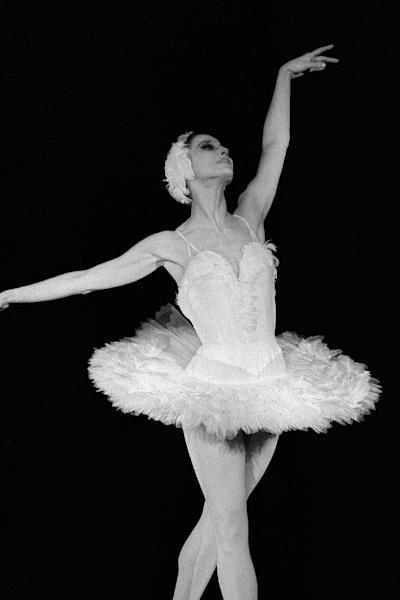 Maya Plisetskaya's celebrated performances were her roles in Carmen Suite, Anna Karenina, Sleeping Beauty and Bolero, a hymn to eroticism, which she danced at the age of 50 (AFP Photo/Stf)