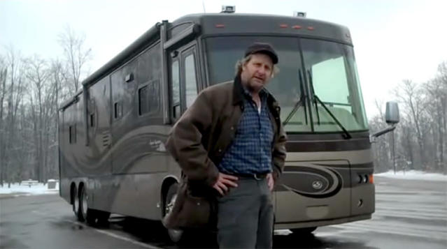 "<p>Who knew Jeff Daniels was a motor home connoisseur? He even wrote a song — ""<a href=""https://www.youtube.com/watch?time_continue=2&v=lAHLErr1-nY"" rel=""nofollow noopener"" target=""_blank"" data-ylk=""slk:Recreational Vehicle"" class=""link rapid-noclick-resp"">Recreational Vehicle</a>"" — about his love for RVs. ""I don't think you can call yourself a real American until you've been around the country in an RV,"" reads one lyric. (Photo: <a href=""https://www.youtube.com/watch?v=phS1SSEVGNQ"" rel=""nofollow noopener"" target=""_blank"" data-ylk=""slk:YouTube"" class=""link rapid-noclick-resp"">YouTube</a>) </p>"