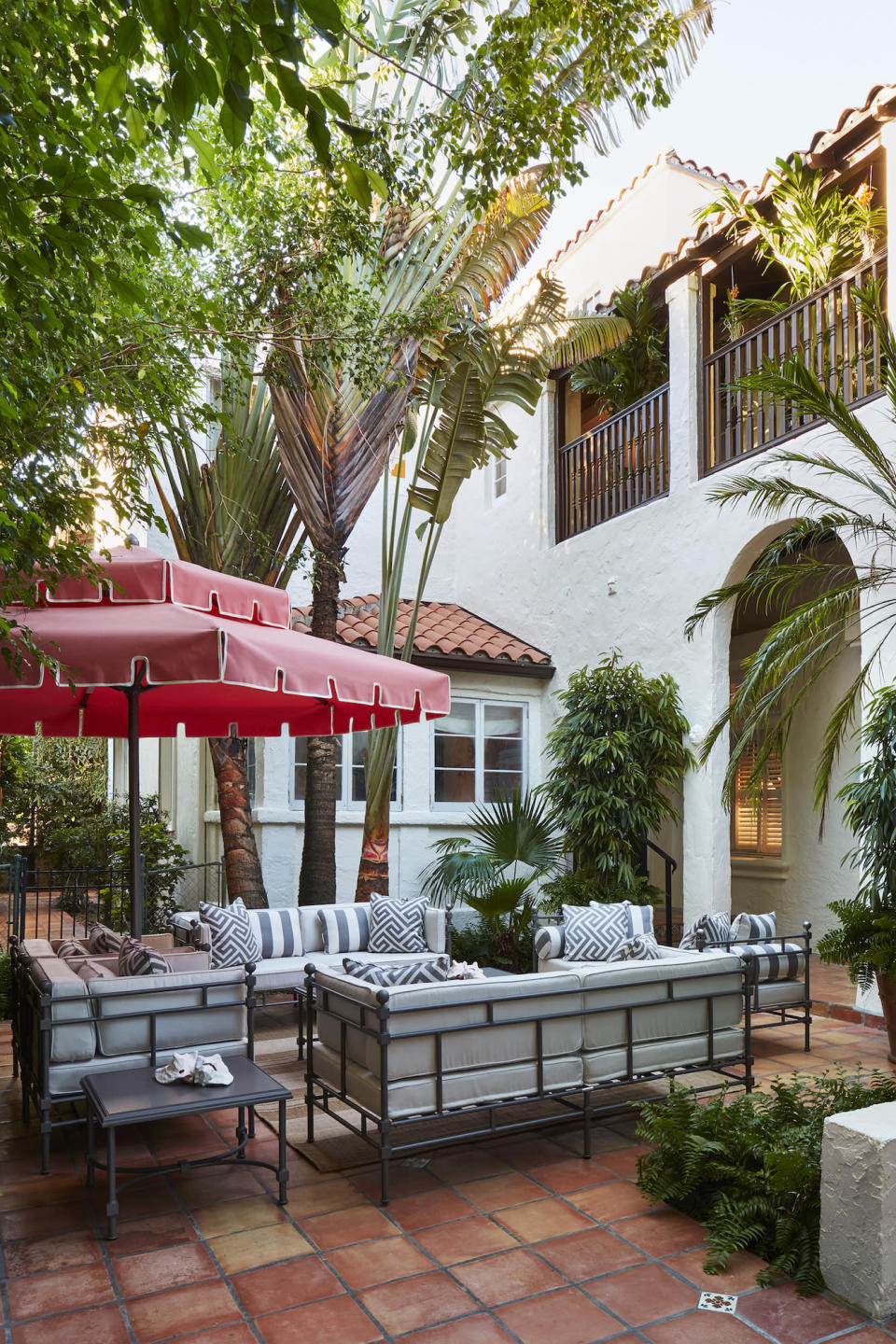 Take a Look at the Kips Bay Palm Beach House on Outdoor Living Companies Near Me id=24677