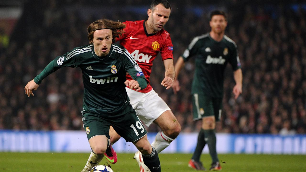 Real Madrid's Luka Modric would be the perfect replacement for Paul Scholes at Manchester United, according to Ryan Giggs.