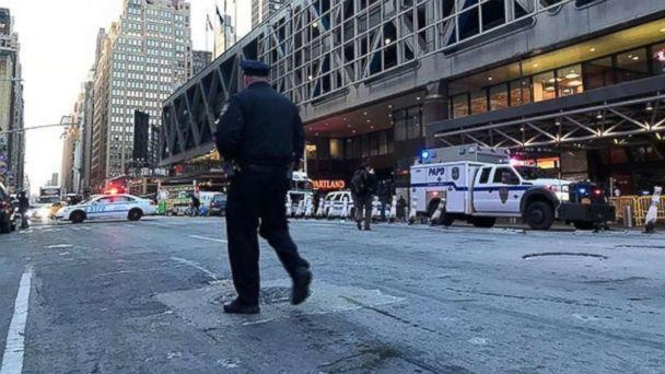 PHOTO: An explosion in Port Authority closes down the area, Dec. 11, 2017, in New York City. (Alex Klimov )