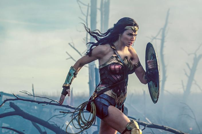 Gal Gadot rocks her Wonder Woman costume that featuresan emblem of an eagle, which is, you know, a major symbol for the United States. (Photo: Clay Enos/ TM   DC Comics)